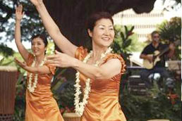 hula at bailey house museum