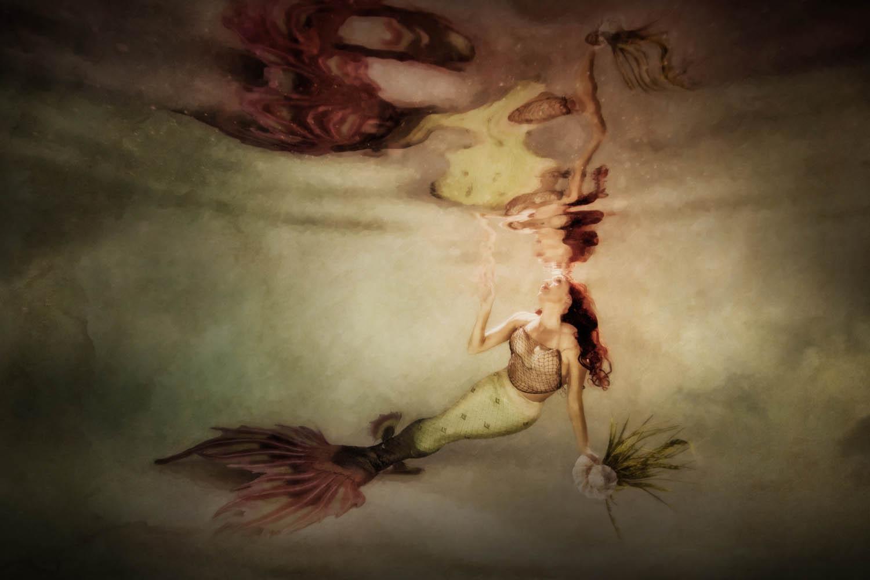 Cassie Pali - Maui Underwater Artist