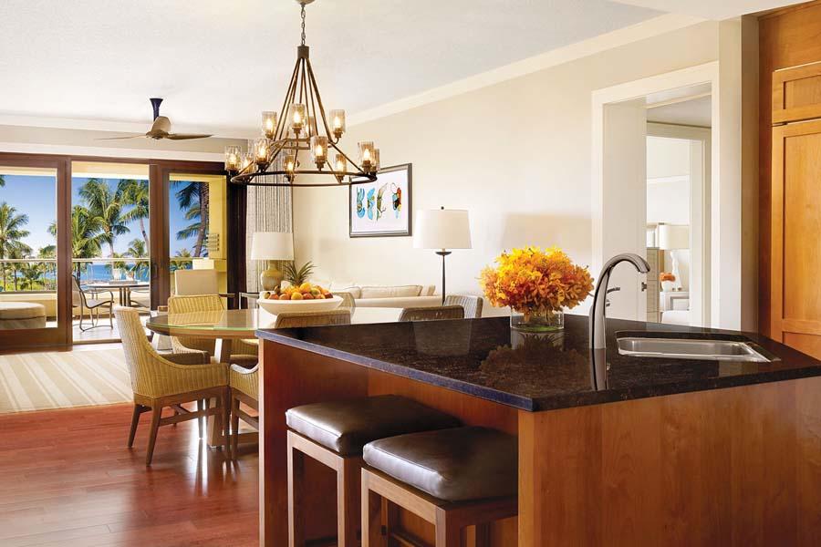 Montage Kapalua Suite kitchen