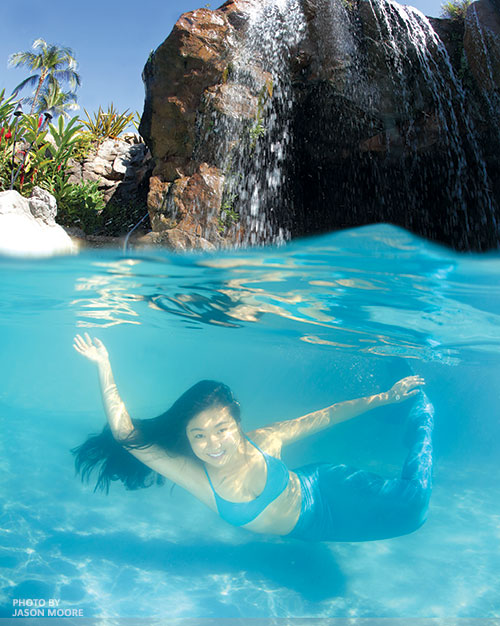 madeline-mermaid-grand-wailea-underwater