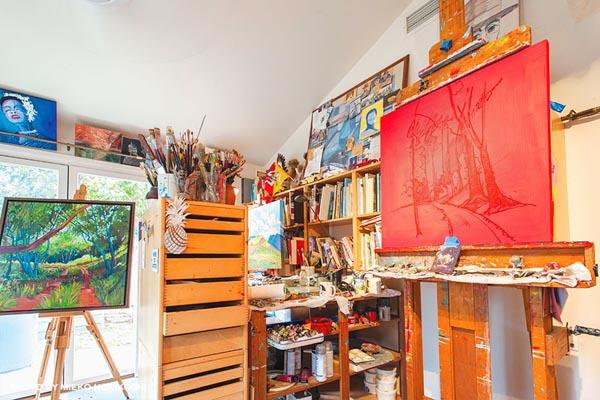 Maui artist home residence