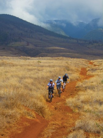 mountain biking maui