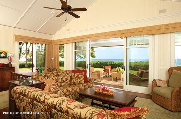 Olowalu-home-living-room