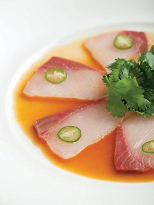 yellowtail sushi, Nobu Lanai