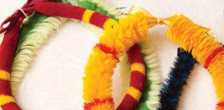 feather lei