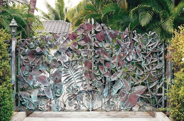 Maui custom gates