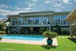 modern tropical homes
