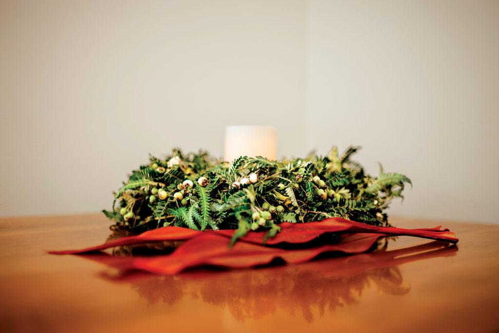 Hawaiian ulei wreath